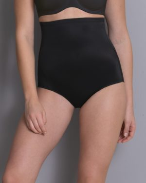 Vartaloa muokkaava alushousu